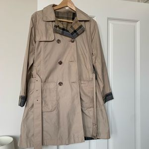 Reversible Barbour trench coat - size xl